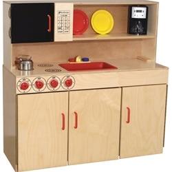 Play Kitchen. Wooden Kitchen